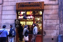El Xampanyet - Tapas Bar | Spanish Restaurant | Historic Bar in Barcelona.