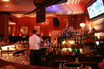 Master's Home - Bar | Restaurant in Munich.