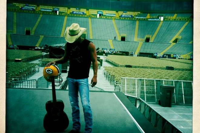 Photo of Kenny Chesney