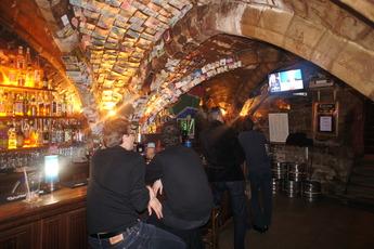 La Pomme d'Eve - Pub | Sports Bar in Paris.