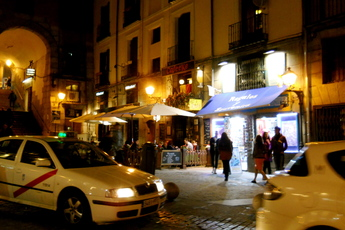 Cafeeke - Bar | Café in Madrid.