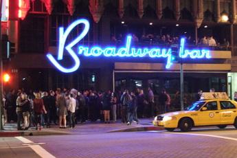 Broadway Bar - Bar | Lounge in Los Angeles.