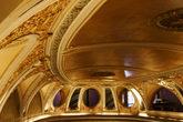 Riviera-theatre_s165x110