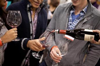 Pinot Days Chicago - Food & Drink Event | Wine Tasting in Chicago.