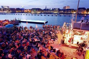 Kreis & Zirkel Open Air - Music Festival in Berlin.