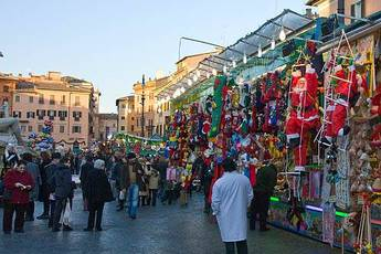 Piazza Navona Christmas Market - Holiday Event | Shopping Event in Rome.