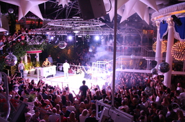Es Paradis - Club in Ibiza.