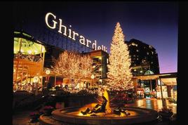 Ghirardelli-square-tree-lighting-ceremony_s268x178
