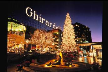 Ghirardelli Square Tree Lighting Ceremony - Holiday Event in San Francisco. & Ghirardelli Square Tree Lighting Ceremony 2015 | Nov 27 2015 ... azcodes.com