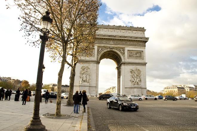 Photo of Avenue des Champs-Élysées