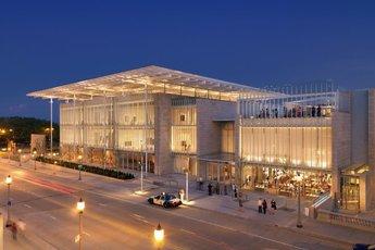 The Art Institute of Chicago - Museum in Chicago.