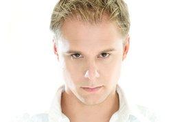 Armin-van-buuren_s268x178