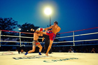 Friday Night Fights Rumble on the River - Boxing in New York.