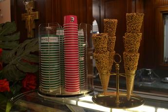 Gelateria De' Medici - Restaurant in Florence.