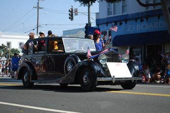 Santa Monica 4th of July Parade - Holiday Event | Parade in Los Angeles.