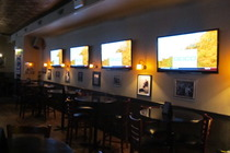Clover Sports &amp; Leisure - Lounge | Sports Bar in Chicago.