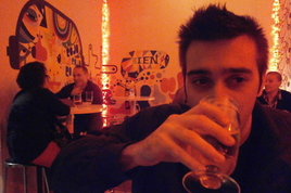 Can Fly - Gay Bar | Restaurant | Tapas Bar in Barcelona.