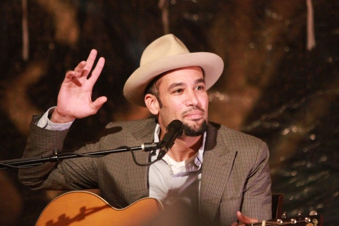 Photo of Ben Harper