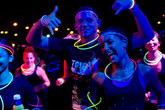 Livingsocials-glow-in-the-dark-5k-dance-party-1_s165x110