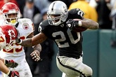 Oakland-raiders-football_s165x110