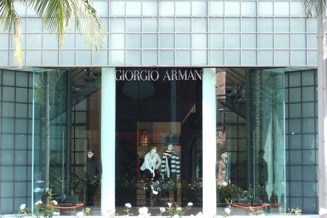 Outside the famous Giorgio Armani store on Rodeo Drive in Beverly Hills!