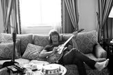 Richie-sambora_s165x110