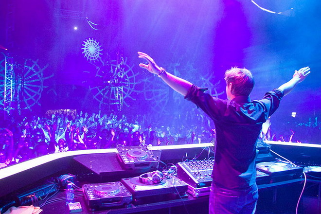 Photo of Armin van Buuren