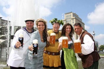 Internationales Berliner Bierfestival - Beer Festival | Street Fair in Berlin.