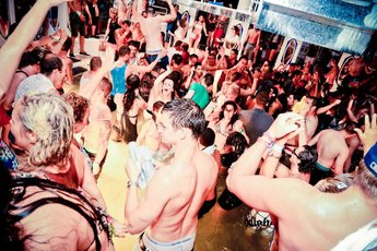 Fiesta del Agua - Club Night | Party in Ibiza.