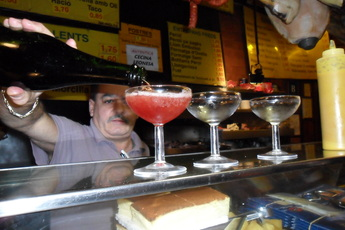La Champañeria (Can Paixano) - Bar | Restaurant in Barcelona.