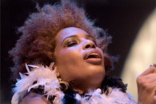 Photo of Macy Gray