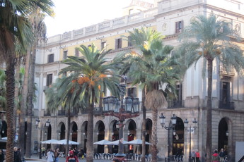 Plaça Reial - Nightlife Area | Outdoor Activity | Square in Barcelona.