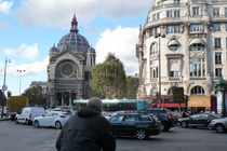 Boulevard Haussmann - Shopping Area | Landmark in Paris.