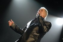 Tom-jones_s210x140