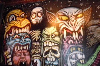 Wall mural at The Flat Iron in Chicago.