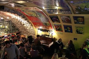 Absinthe Bar in Antibes