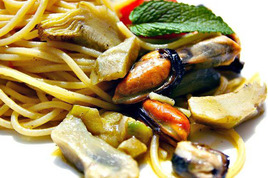 Dinner-for-two-under-the-stars-in-venice-free-wedding-menu-sampling_s268x178