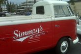 Simmzy&#x27;s - Gastropub in Los Angeles.