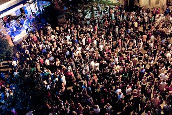 Wrigleyville Summerfest - Arts Festival | Food & Drink Event | Music Festival | Party in Chicago.