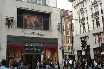 Oxford Street and Regent Street in London