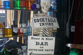 Villains Tavern - Bar | Live Music Venue | Tavern in Los Angeles.