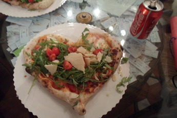 Gusta Pizza - Pizza Place | Italian Restaurant in Florence.