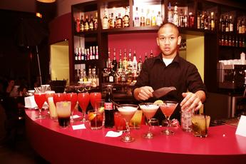 Café Le Pavillon - Bar | Café in Paris.