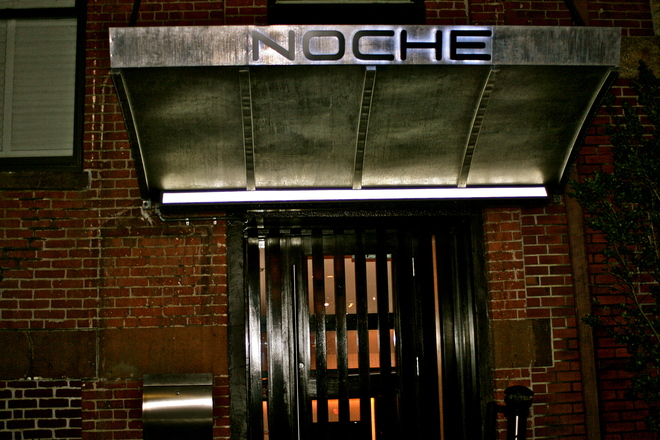 Photo of Noche