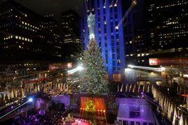 The-rockefeller-center-christmas-tree-lighting-concert_s268x178