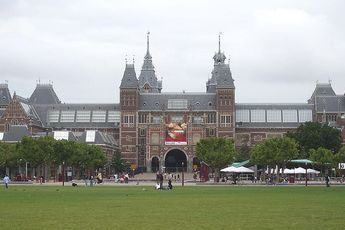 Rijksmuseum - Museum in Amsterdam.