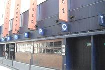 L'Entrepôt - Bar   Live Music Venue   Restaurant in Paris.