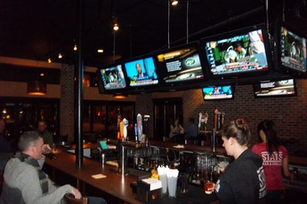 Stats Bar & Grille - Restaurant | Sports Bar in Boston.