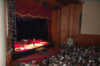 Lynn Memorial Auditorium (Lynn, MA)  - Concert Venue | Theater in Boston.