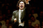 Dudamel_s165x110